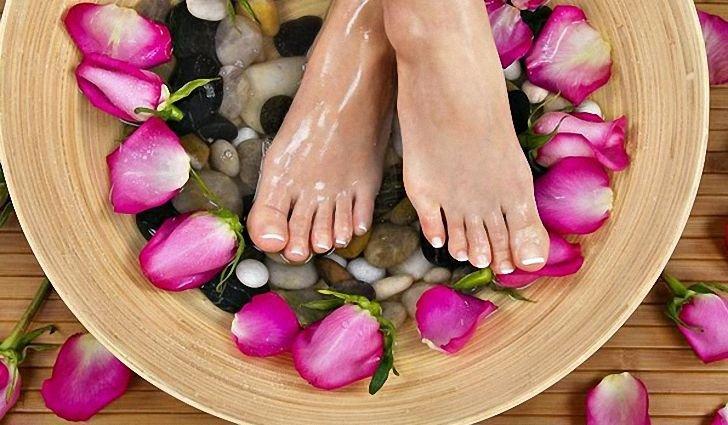 так выглядят ногти ног, если обратиться за своевременным лечением